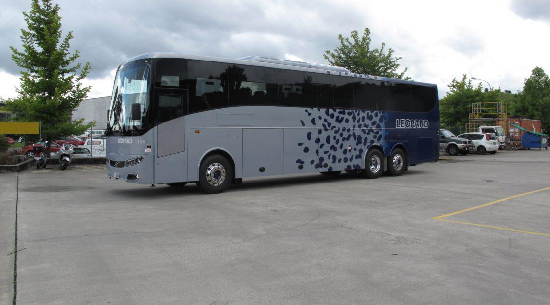 49 Seat 5 Star 12.6m Volvo B11R Coach